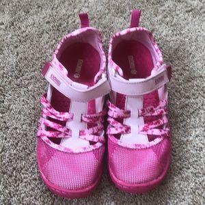 Khombu Water Shoes, size 4M